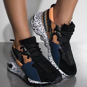 STEVE MADDEN  Orange Cliff Sneakers